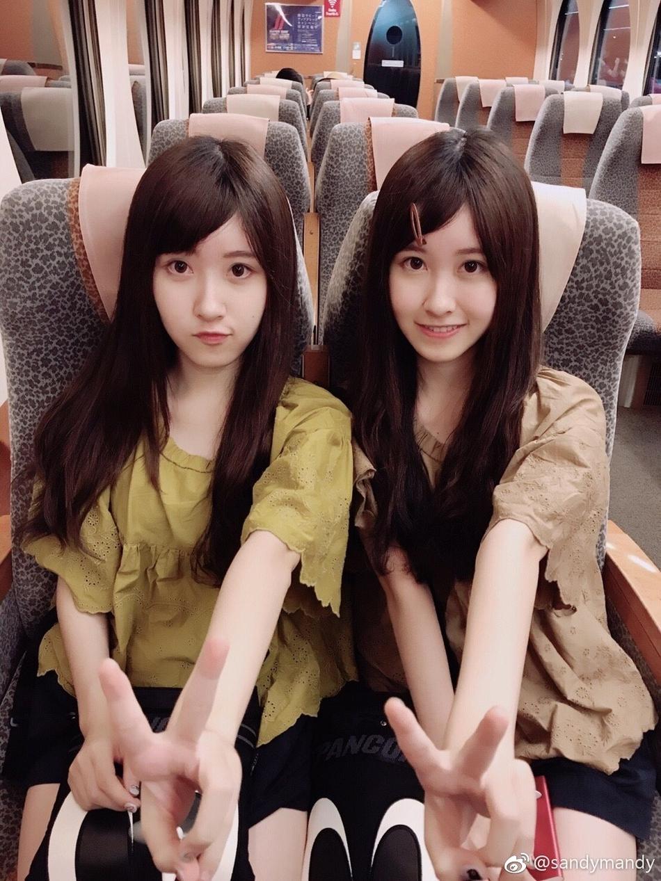 """台湾""""最美双胞胎""""长这么大了!14年过去更美了"""