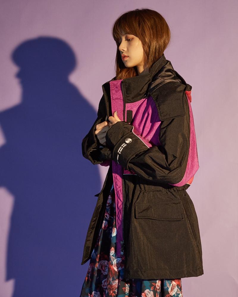 blackpink成员lisa拍写真 穿羽绒服抢先进入冬季
