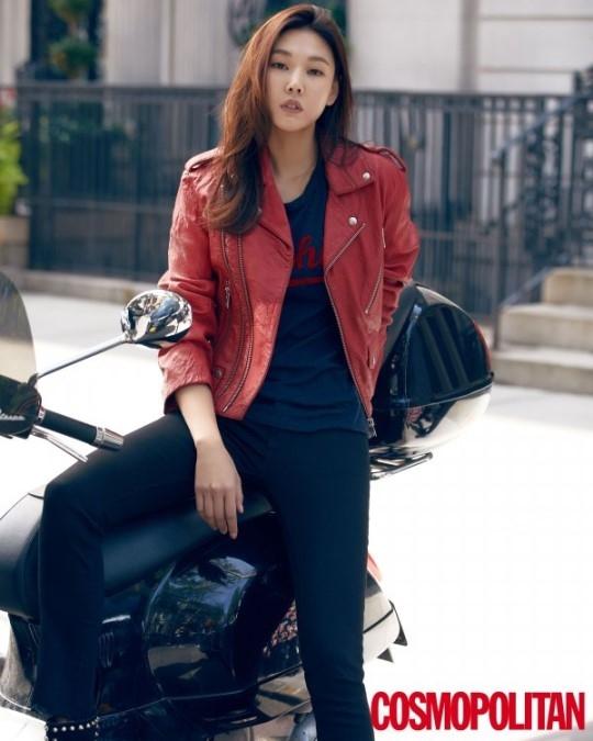 韩模特韩惠珍纽约街头拍写真 身材修长惹人羡