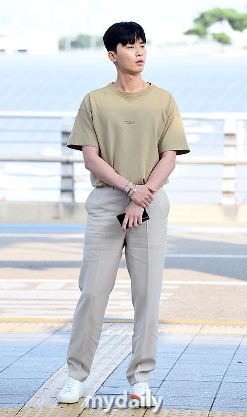 《金秘书》朴叙俊获休假奖励 飞往泰国普吉岛