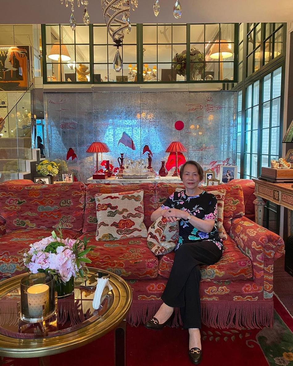 组图:刘嘉玲晒照为妈妈庆祝母亲节 豪宅室内曝光充满老上海风味