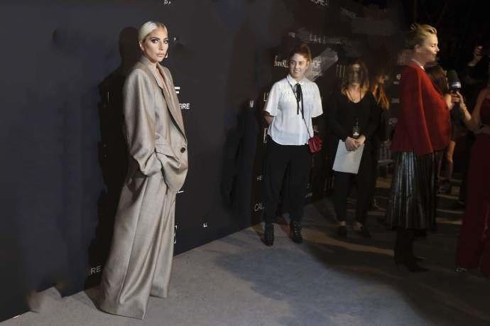 Lady Gaga宣布订婚当天揭被性侵伤疤:没人愿帮我