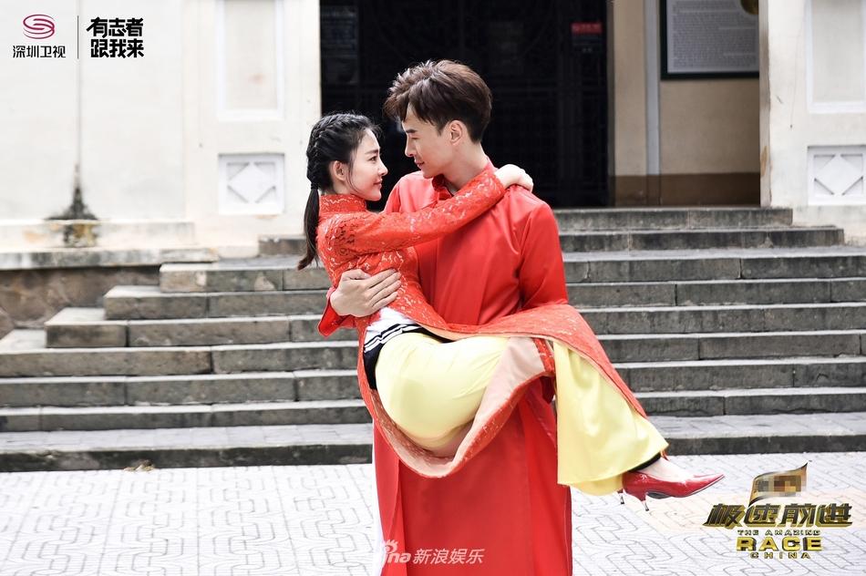 郑元畅王丽坤越南拍婚纱写真!才子佳人配一脸