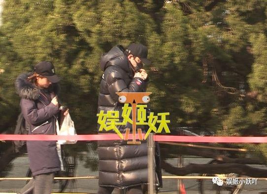 李小璐夜宿事件最新消息:贾乃亮参加春晚节目审查咳嗽
