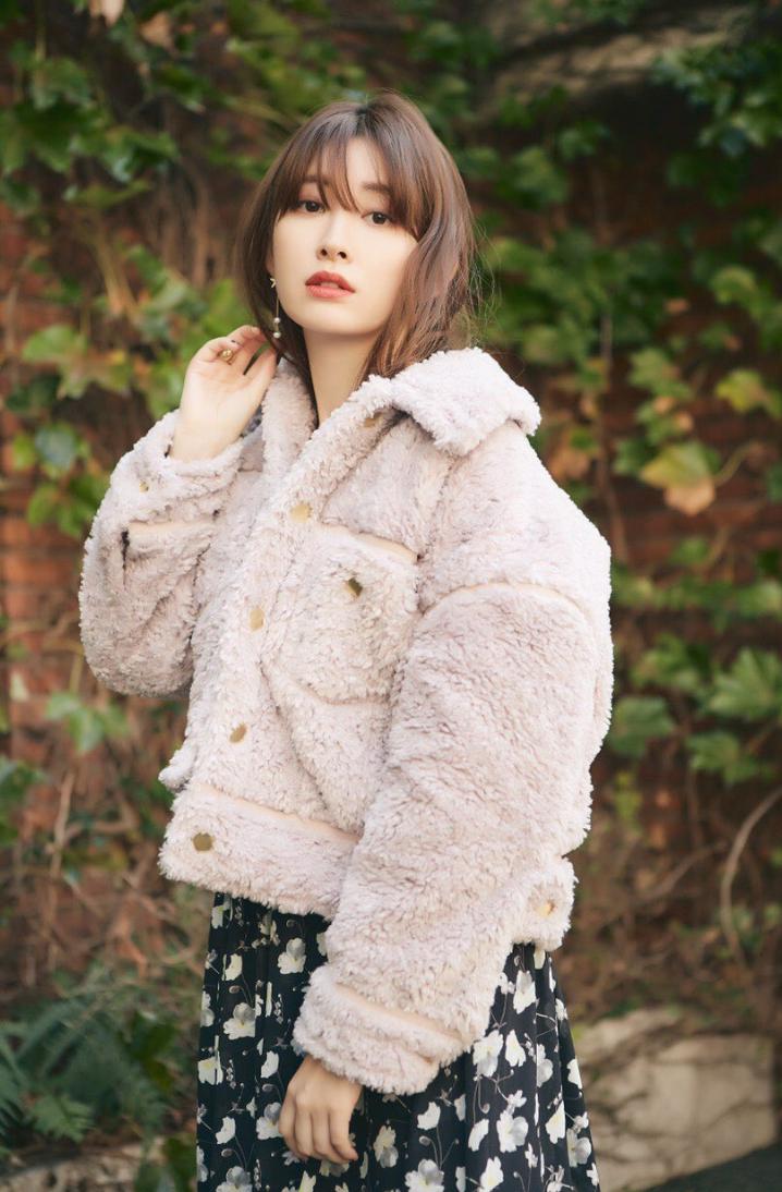 小嶋阳菜化身最美老板娘 宣传店铺不遗余力 娱乐 热图3