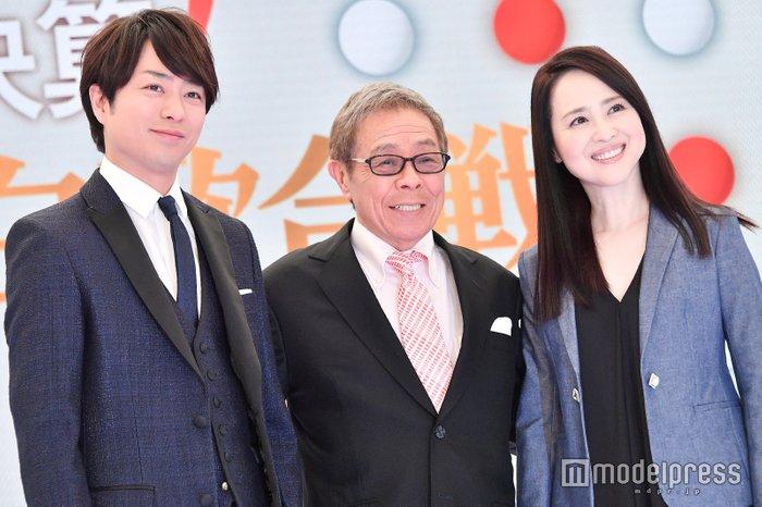 组图:樱井翔出席记者会 回忆初次参加《红白》时的情景