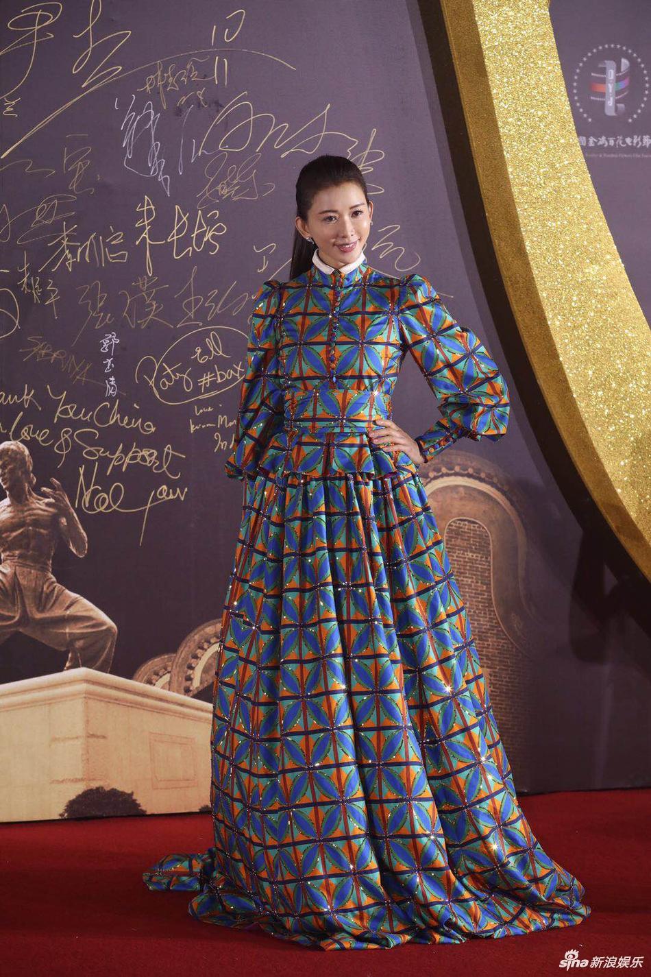 林志玲百花奖礼服怎么了 网友:这是林志玲穿衣最错的一次 娱乐 热图3