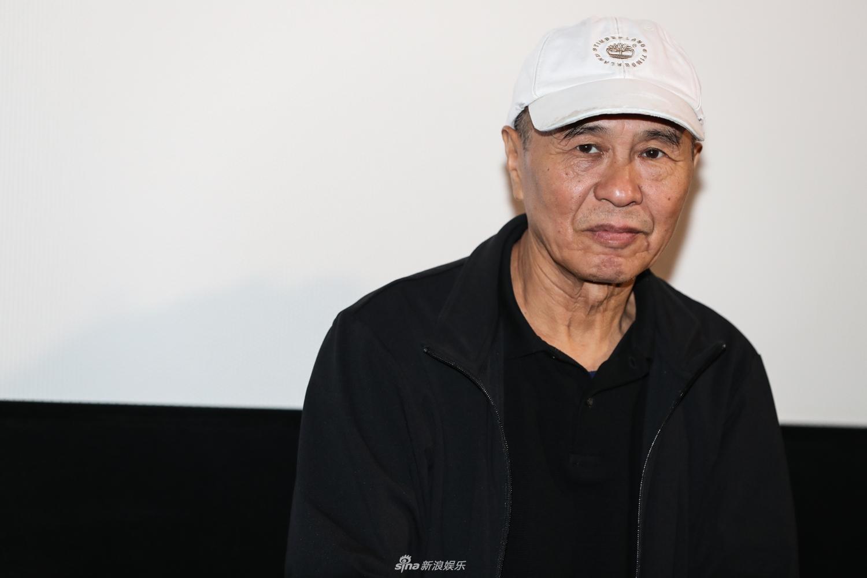 组图 金马电影学院结业 侯孝贤为13位新导演颁发证书