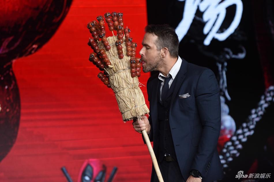 组图:《死侍2》首映