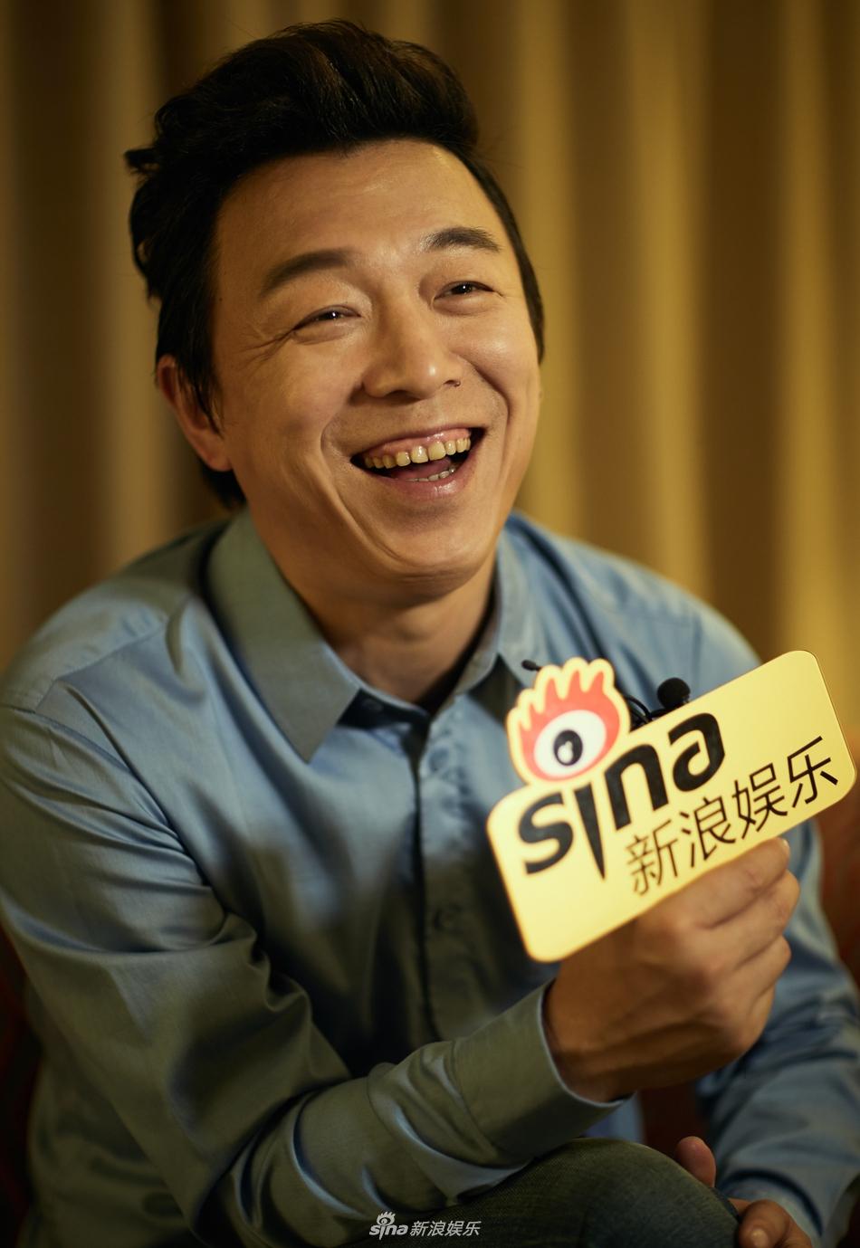 娱乐讯 11月25日,第54届金马奖颁奖典礼前,黄渤接受新浪娱乐专