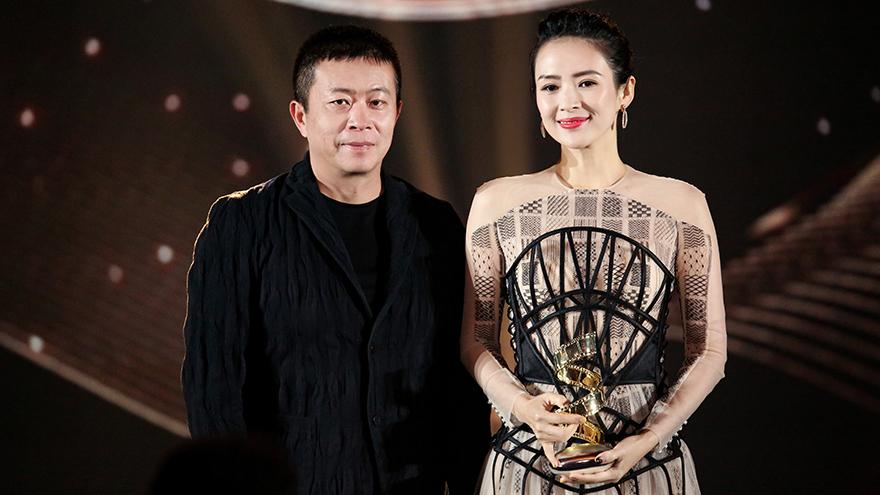2019微博电影之夜 章子怡获微博最具国际影响力演员