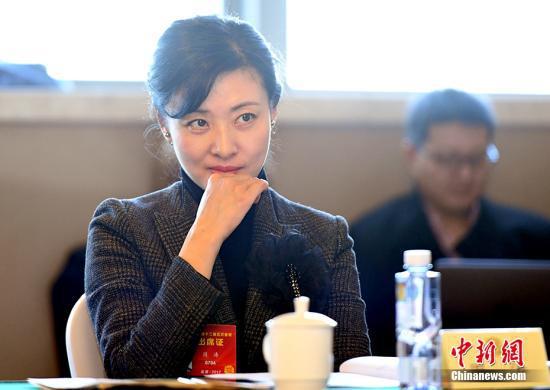 央视名嘴周涛华丽转身话剧舞台 《情书》首登北京
