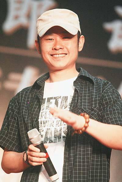 刀郎出道20年首次打官司 起诉某歌星表演侵权