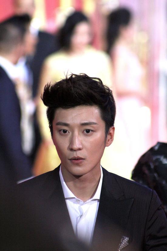 2015年6月13日,乔任梁参加第18届上海国际电影节开幕红毯