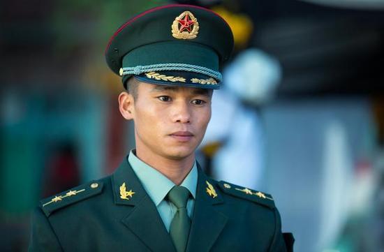 《战狼2》里隐藏着真正的特种兵 曾是吴京的班长