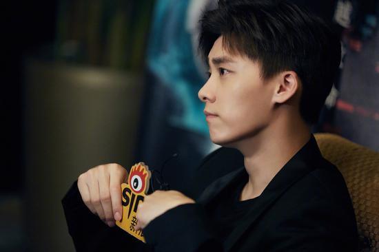 李易峰接受新浪娱乐采访