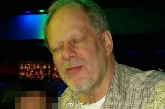 疑犯为64岁的本地男子斯蒂芬.派多克,有犯罪记录