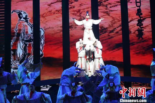 屈原故里大型民俗情景歌舞剧《我们的端午》公演