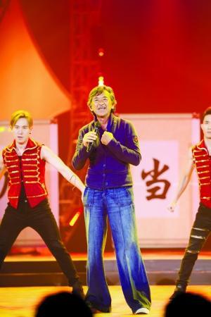 林子祥:我手把手教叶倩文唱粤语歌