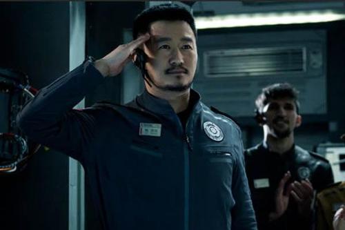 《流浪地球2》定档2023年 吴京暗示自己将回归