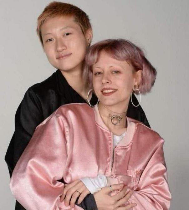 小龙女吴卓林与她的太太