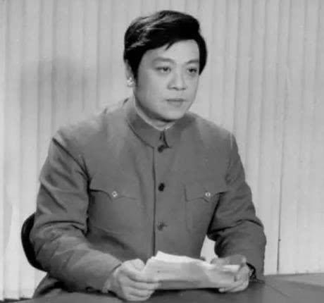 赵忠祥: 中国首位电视男播音员 工作超过50年