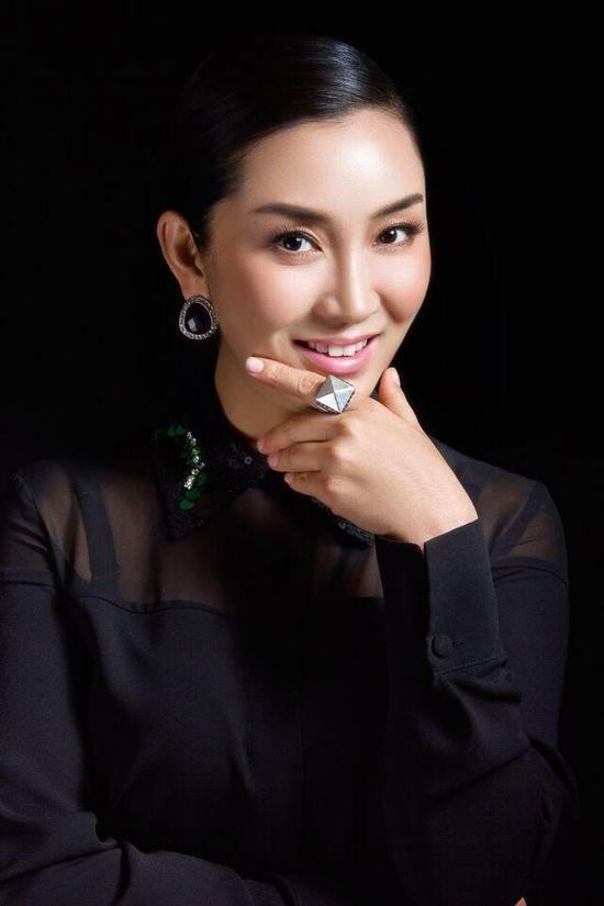 王娜主演《小二黑结婚》 做中国民族歌剧的传承者