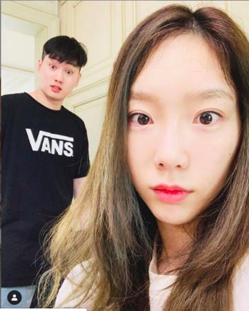金泰妍与哥哥