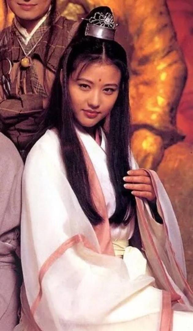 1994年舊版《倚天屠龍記》中周海媚飾演周芷若