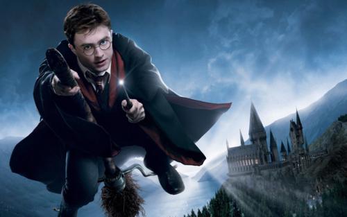《哈利·波特》将拍剧集? 作者J.K罗琳明确否认