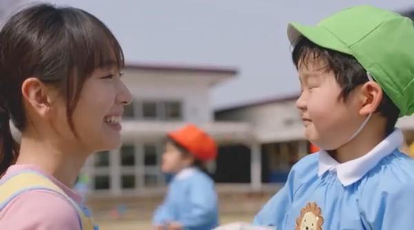 新垣结衣演幼儿园老师 日网:我也想当小朋友