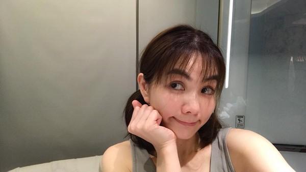 Ella空气刘海造型