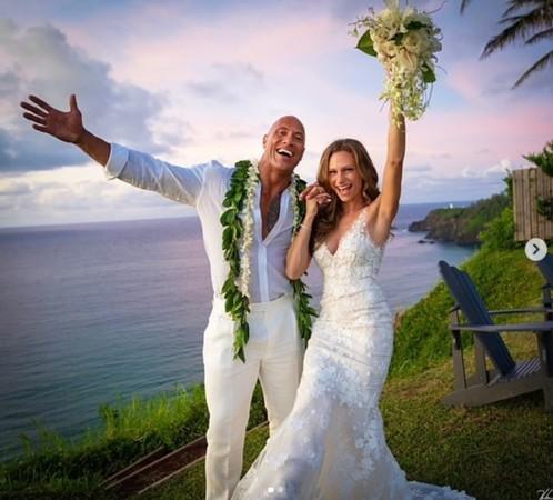 巨石強森結婚