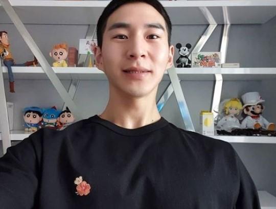 韩吃播网红奔驰小哥被求刑半年 疑销售假减肥食品