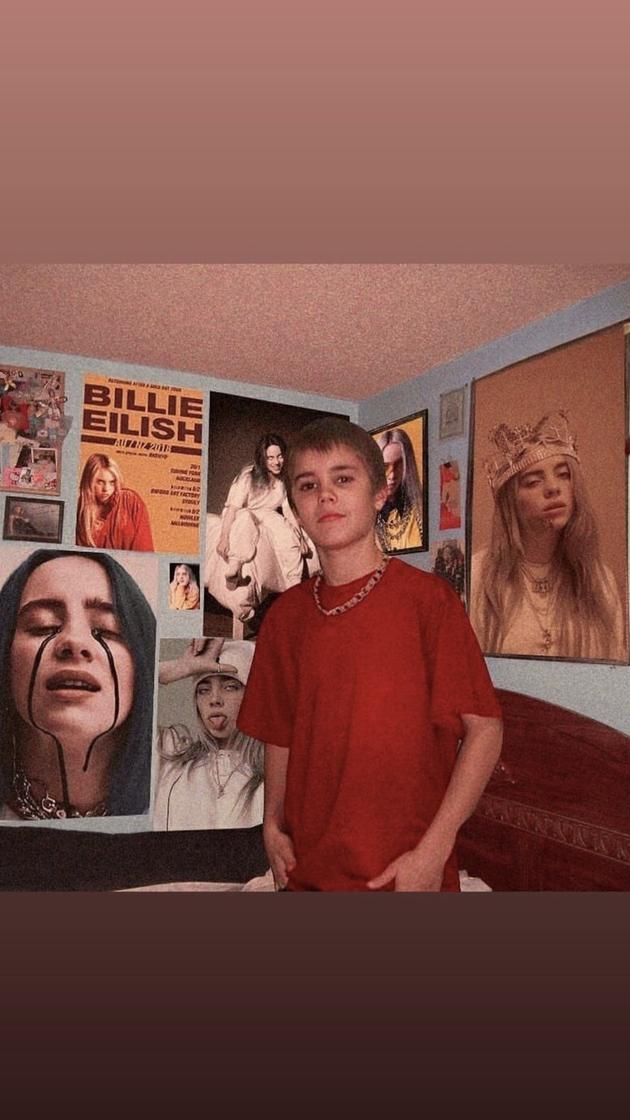 追星赢家!比伯分享童年照墙上海报是碧梨