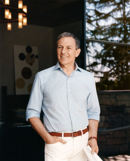 前CEO Bob Iger重返岗位