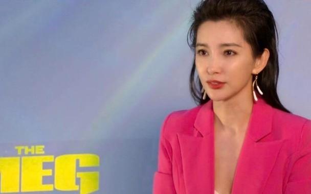 正文    新浪娱乐讯 据香港媒体报道,女星李冰冰与好莱坞男星杰森图片