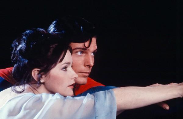 《超人》女主角过世 DC悼念:谢谢妳成为露易丝