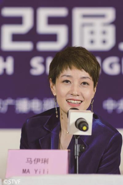 上海电视节:高希希认为表演悬浮怪导演 马伊琍称塑造力更重要