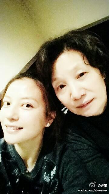 赵薇和母亲