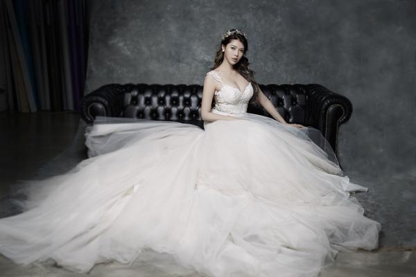 殷琦婚纱照