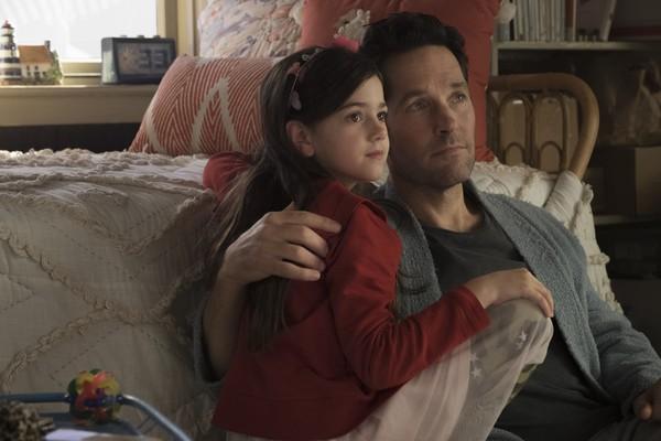"""戏外也是父女情深!""""蚁人""""7岁女儿每天画爸爸"""