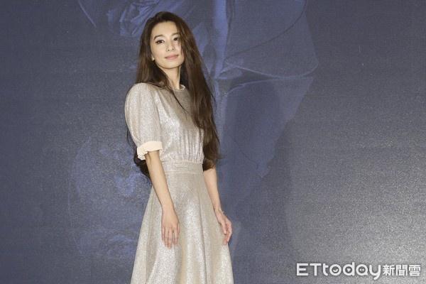 田馥甄9月开唱S.H.E有望合体 曝与Ella爬山趣事