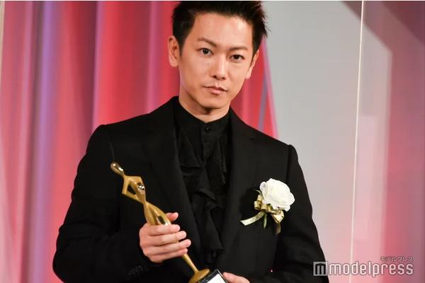 组图:东京电视剧大奖举行颁奖礼 佐藤健获最佳男配角