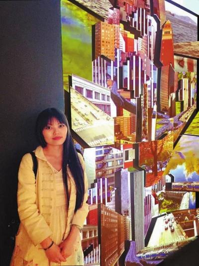周雨歌与她的获奖作品《水遥遥》。
