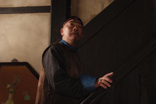 王绘春《青岛往事》突破形象演绎假王爷
