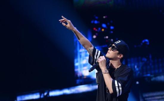 歌手苏志燮
