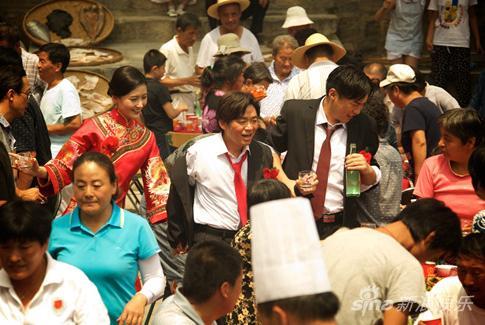 李叶青王珍强大穿越于客客中