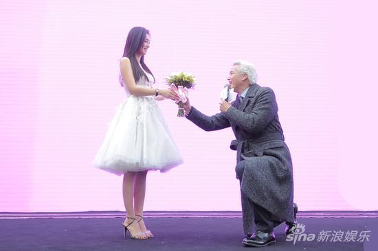 结婚纪念日张庭获老公林瑞阳二度求婚
