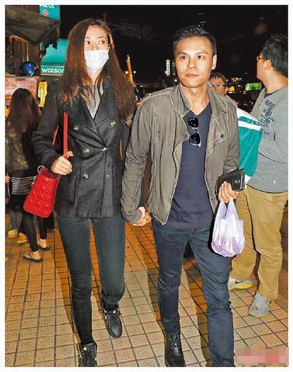 熊黛林(左)和郭可颂(右)无惧身高,感情稳定